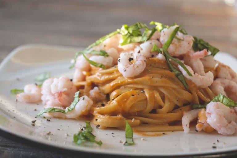 Linguine sauce rosée aux crevettes