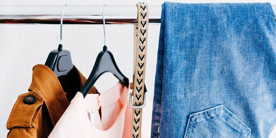Image à la une : rangement garde-robe
