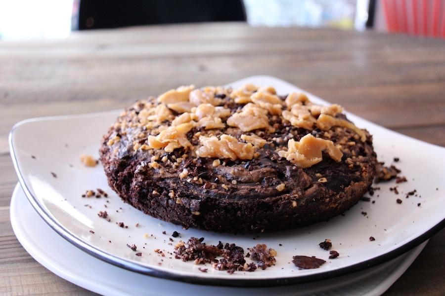 gâteau chocolat et noisette