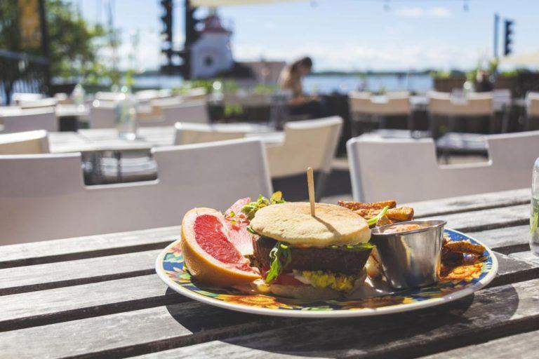 Déjeuner au Café Frida