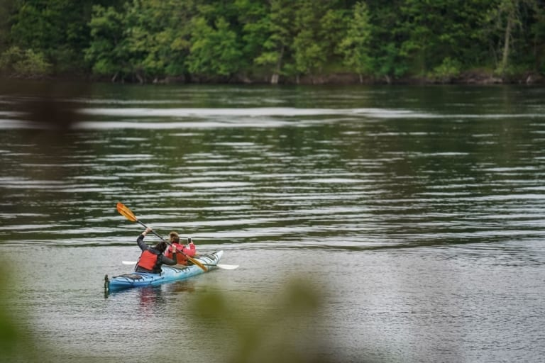 Moi en kayak chez Maikan Aventures