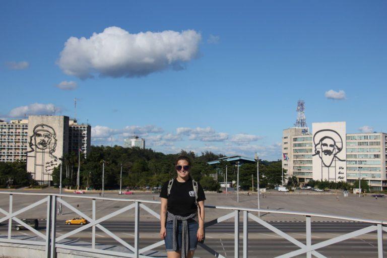 Moi à la Plaza de la Revolucion