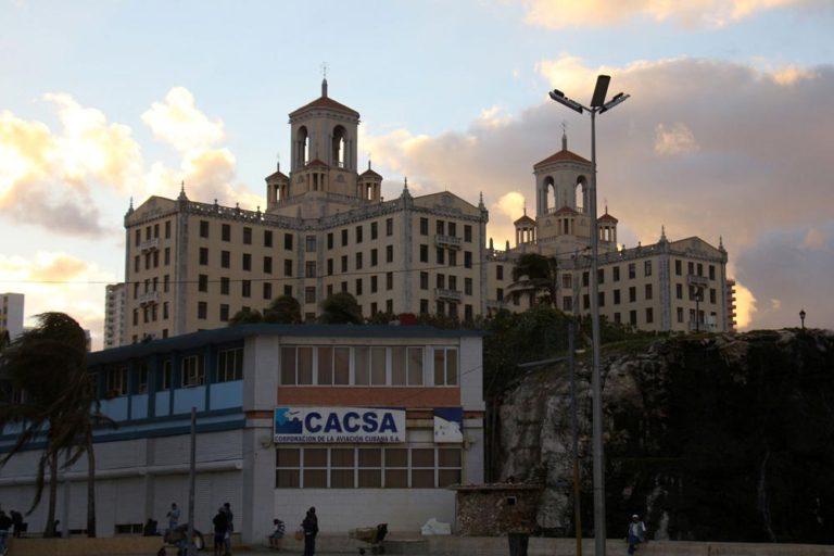Hotel Nacional de Cuba au coucher du soleil