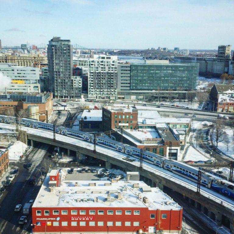 Vue du Alt Montréal hébergement abordable montréal