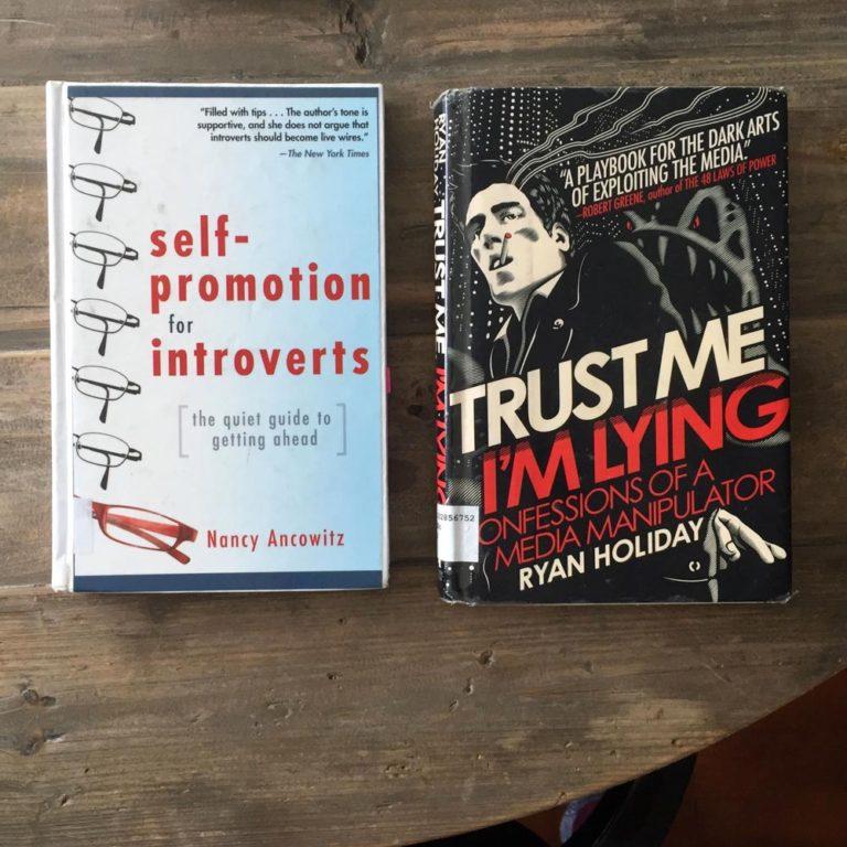 deux livres empruntés à la bibliothèque