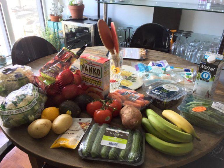 Épicerie santé remplie de légumes