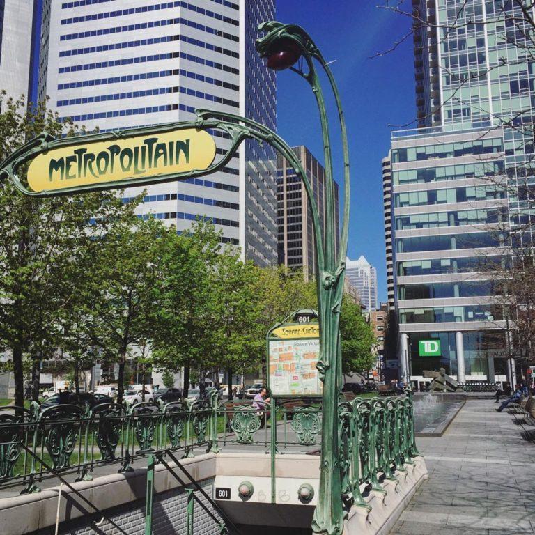 Métro de Montréal, station Square-Victoria