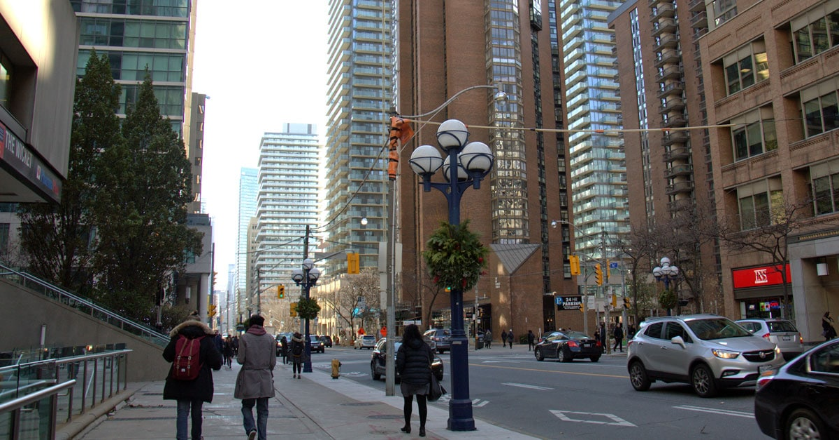 aventure datant de Toronto Comment obtenir une fille à vous aimer sur un site de rencontre