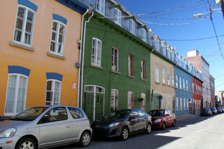 Maisons colorées du quartier Saint-Jean-Baptiste