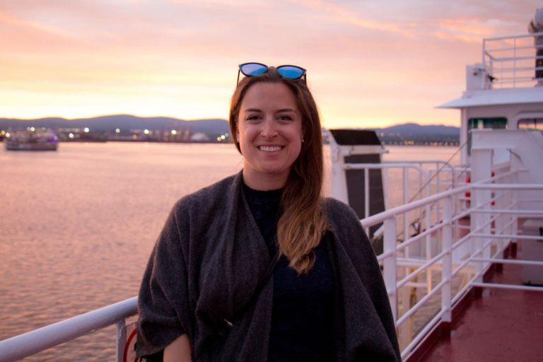 Moi au coucher de soleil sur le traversier Québec-Lévis