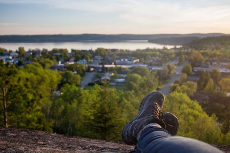 vue de la Grotte au coucher de soleil, Ville-Marie, Témiscamingue