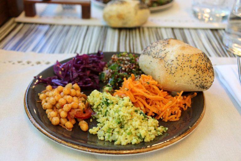Salade restaurant Monastère des Augustines
