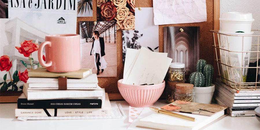 Image à la une : travail à la maison