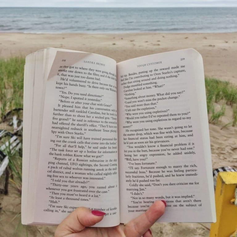 Lecture à la Dune du Sud