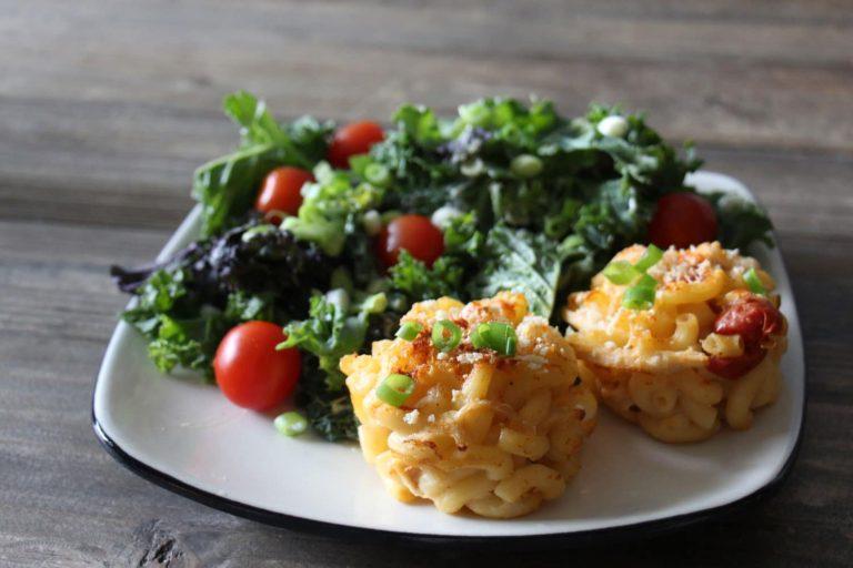 Macaroni au fromage aux tomates et poulet