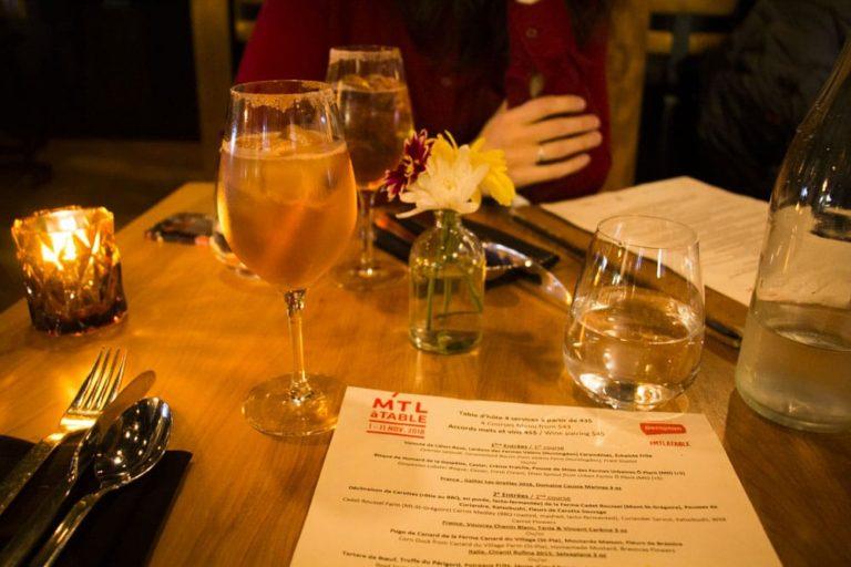 Cocktail et menu MTL à Table Chez L'épicier