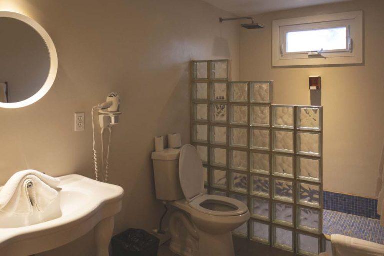 Salle de bain hôtel Henry Morgan, Roatán