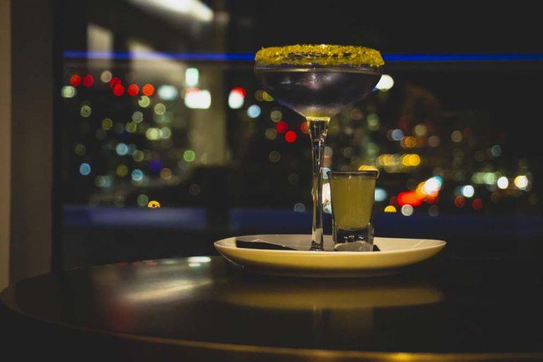 Cocktail à l'hôtel X, à Toronto
