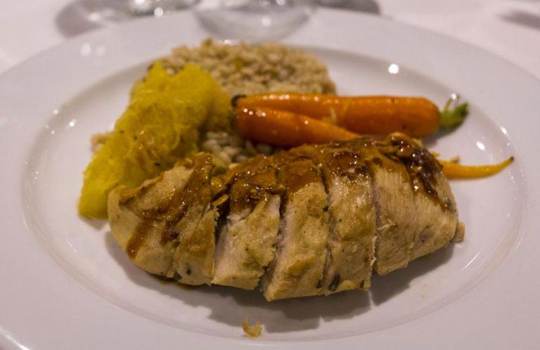 Repas principal au restaurant La Relève Gourmande