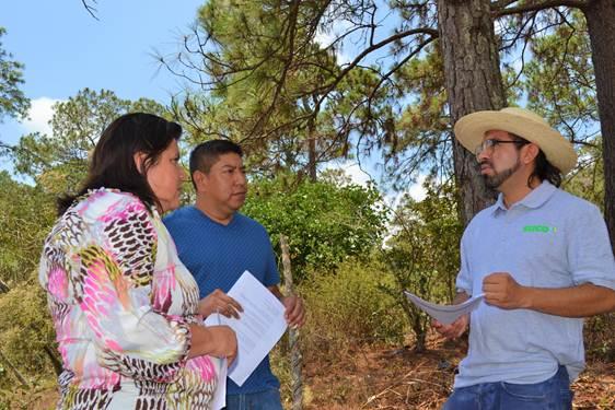 Edgar Hernandez avec ses collègues de l'union des paysans autochtones UTC-La Paz