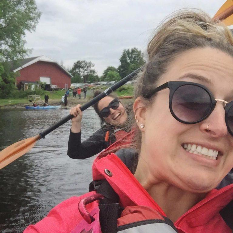 Selfie en kayak avec Loounie